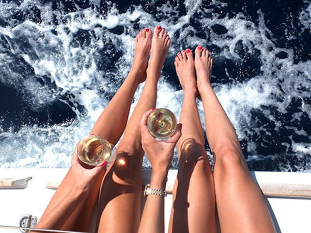 Sipping & Sailing